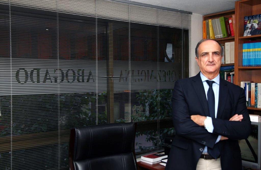 Jesús Ángel López-Molina · Abogado